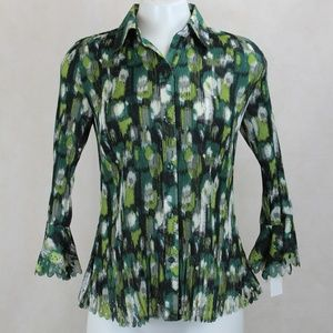 Essentials by Milano Accordian Floral Blouse